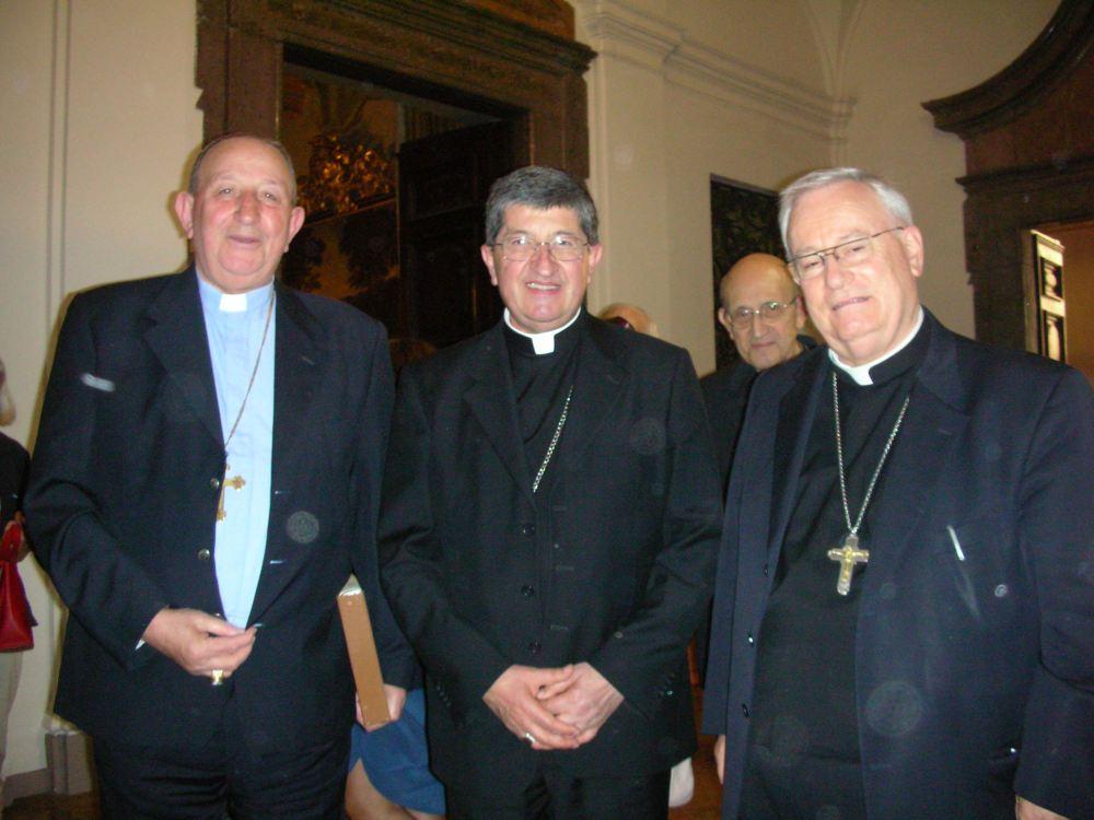 Giustino Farnedi O.S.B., Cardinale Giuseppe Betori, arcivescovo Gualtiero Bassetti